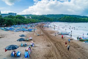 Tips Liburan Ke Pantai Saat New Normal